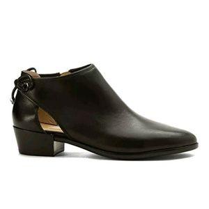 Micheal Kors Black Shoes